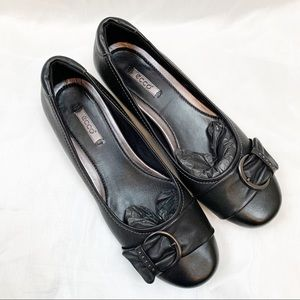 ECCO Ballet Flats With Front Buckle NEW EU 40